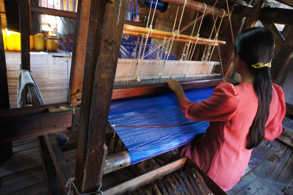 Special Facts About Lepakshi-Silk Weaving