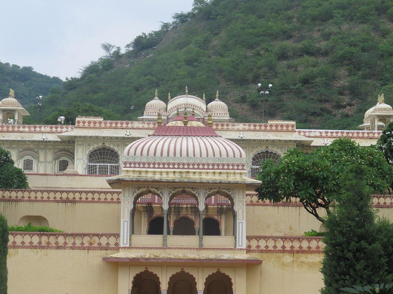 Popular Destination to Visit in Jaipur-Sisodia Rani Garden
