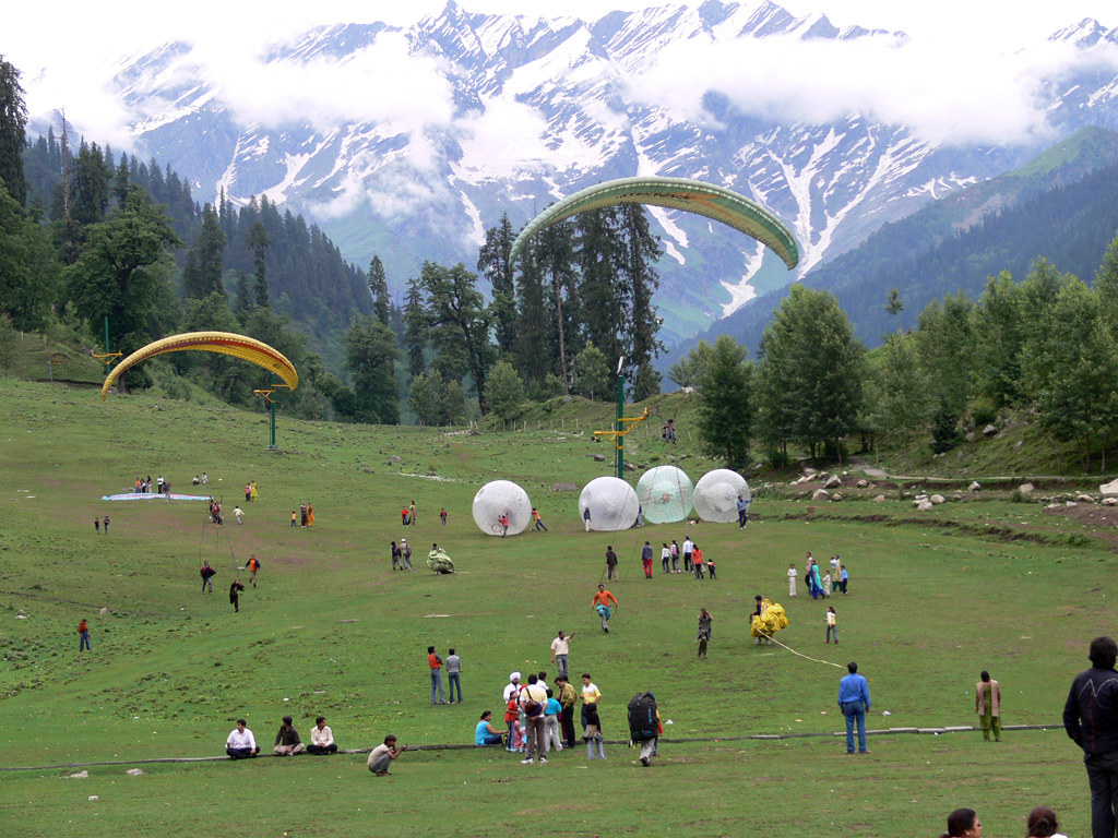 Amazing Place to Visit in Manali& Kullu - Solang Valley