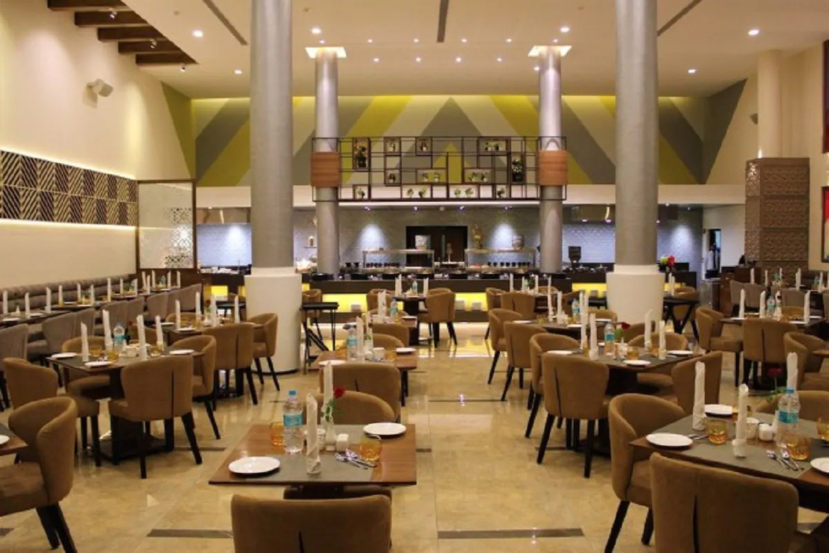 Top Restaurant In Indore To Taste Delicious Food-Square