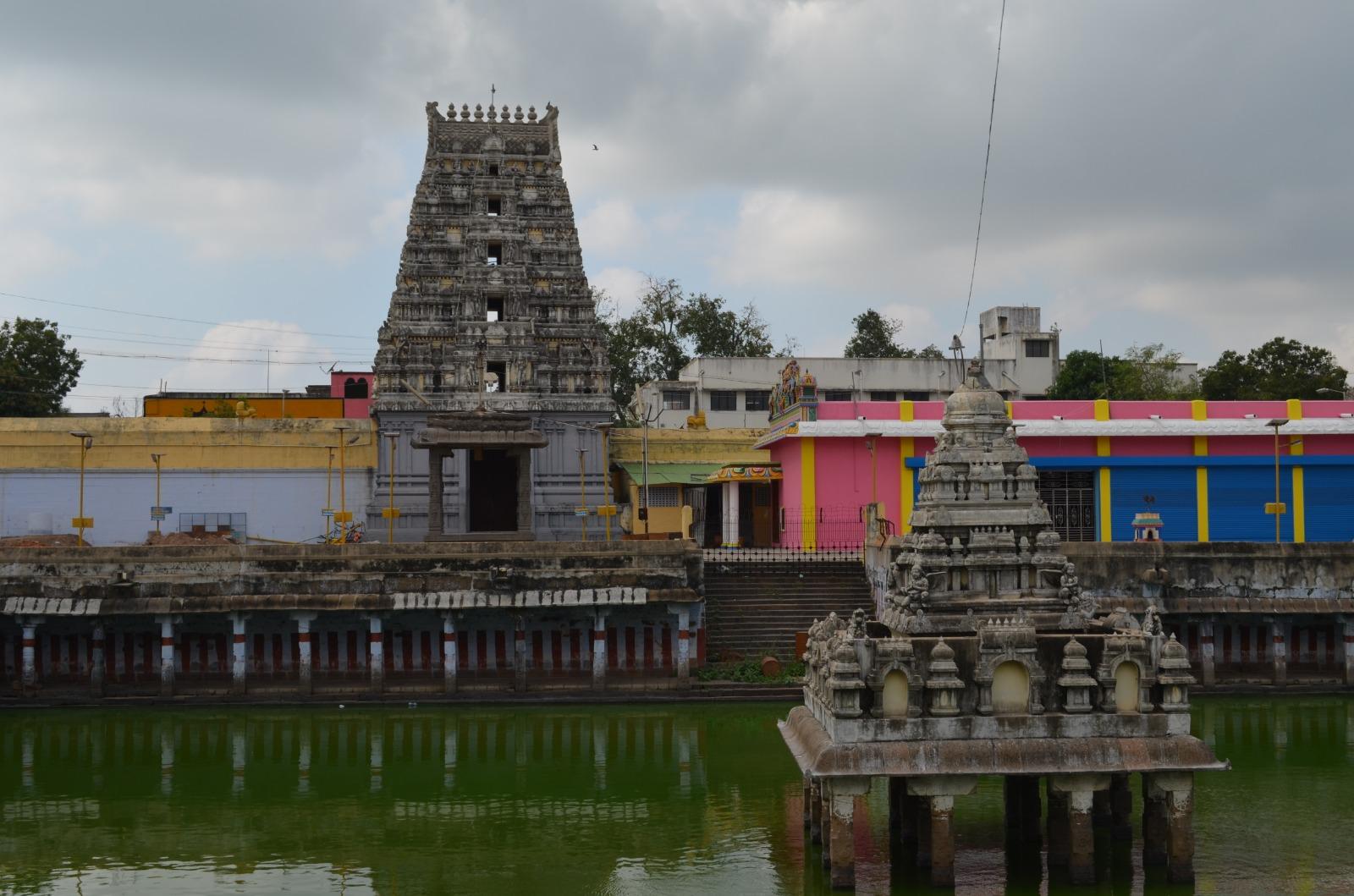 Sri Kanchi Kamakshi Amma Temple Kanchipuram, Tamil Nadu India