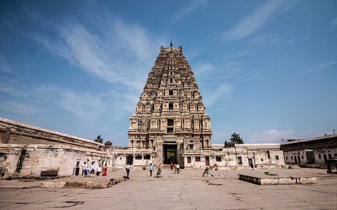Top-Rated Temple to Visit in Karnataka-Sri Virupaksha Temple, Hampi