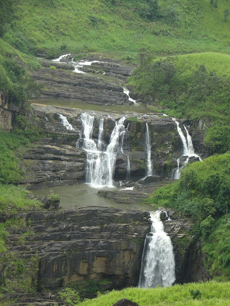 St. Clair's Falls Amazing Place to Visit in Sri Lanka