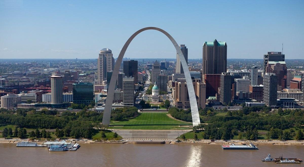 Amazing Destination to Visit In Missouri-St. Louis Gateway Arch
