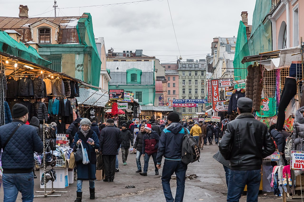 Place to Visit in St. Petersburg-St. Petersburg Saturday Morning Market