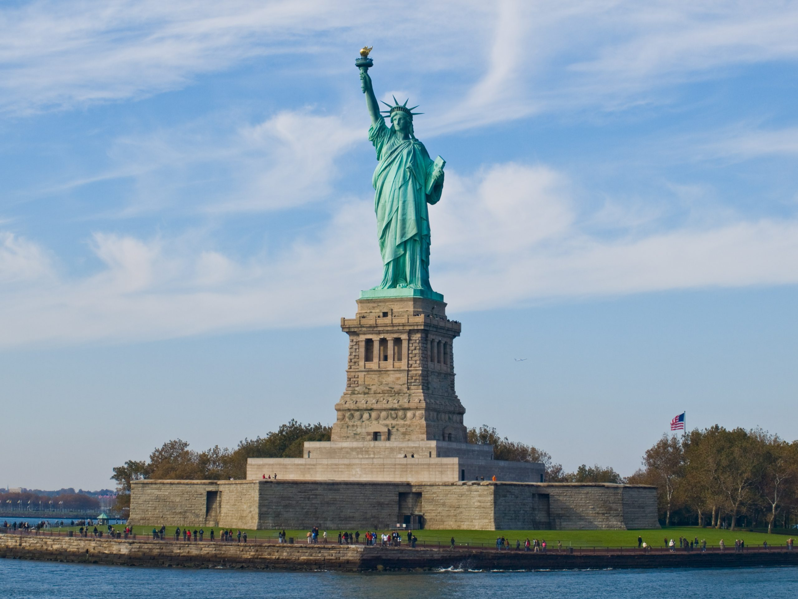 Statue of Liberty | Top Attractions in New York City That One Must Not Miss