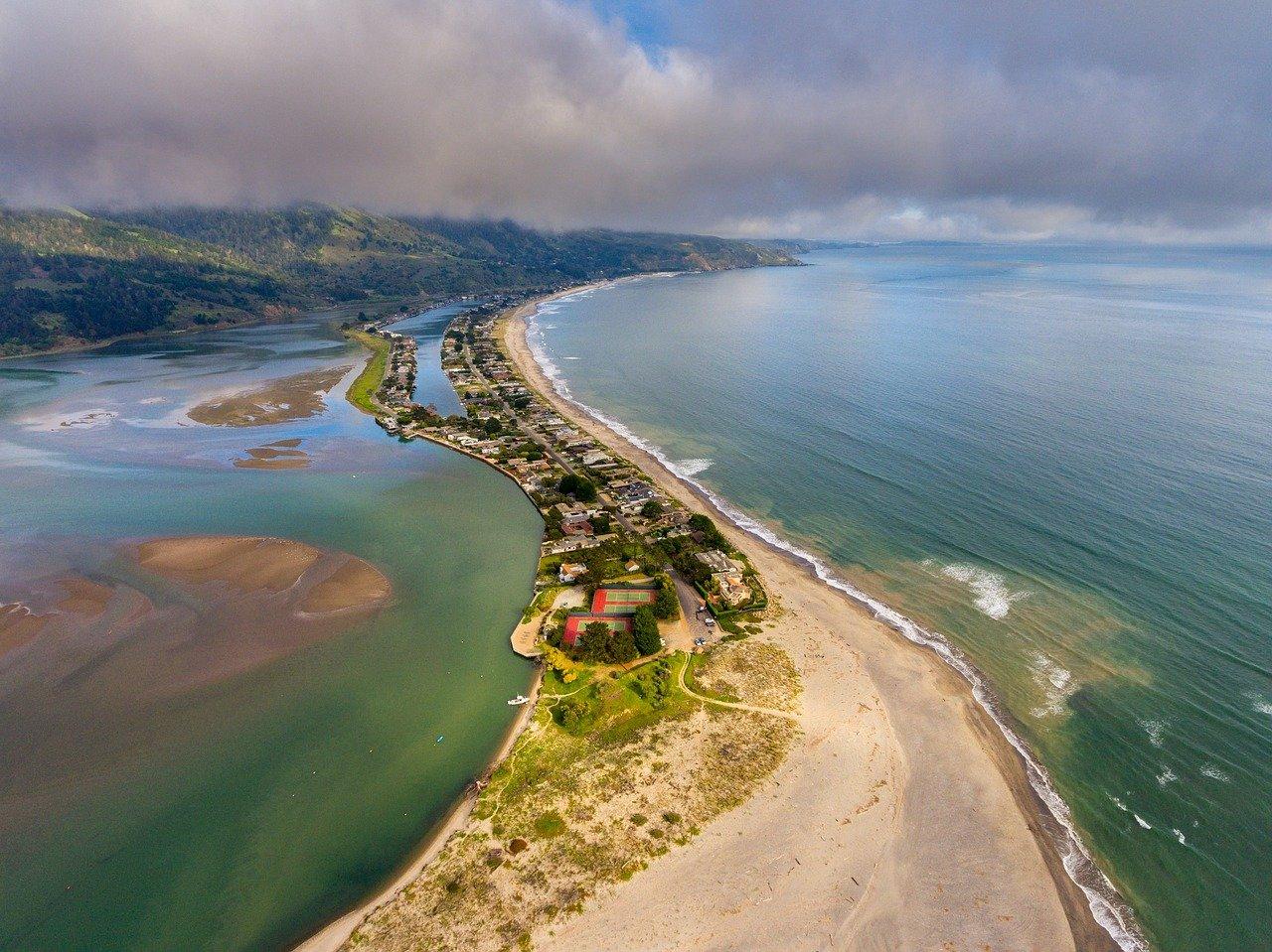 Attraction Beach Spot in California-Stinson Beach, Marin County