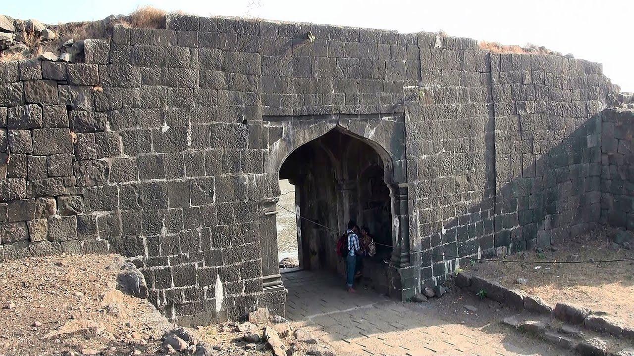 Structures Inside The Kolaba Fort