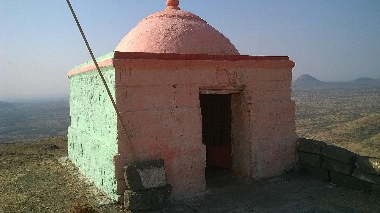 Structures Inside the Laling Fort, Machi Vari Devi Mandir