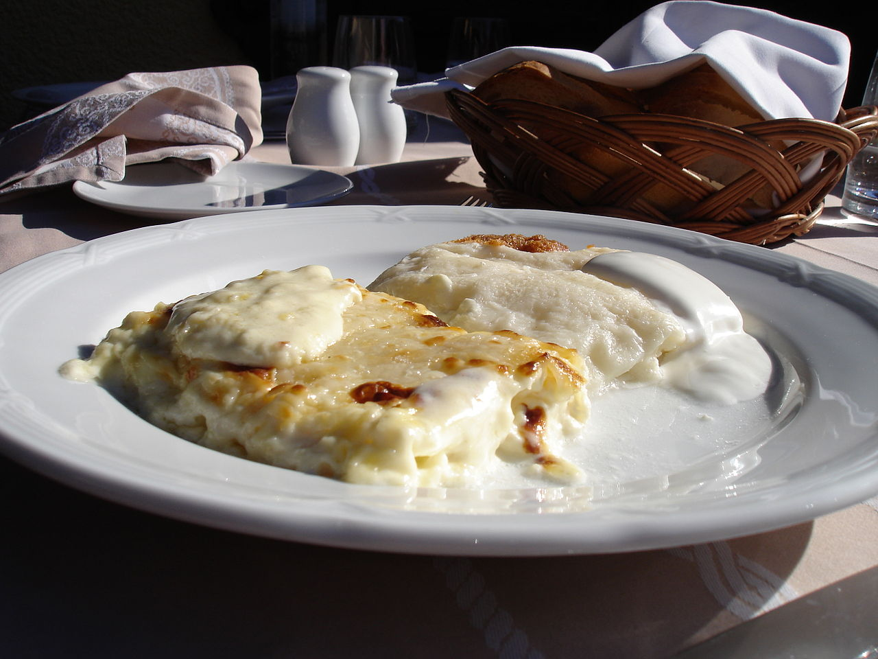 Top Rated Food To Try In Croatia-Strukli