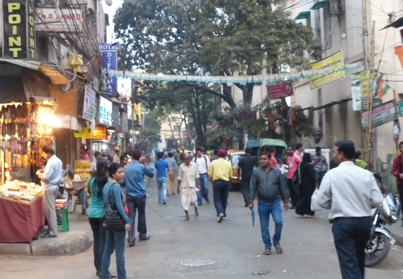 Sudder Street | Best Shopping Places in Kolkata