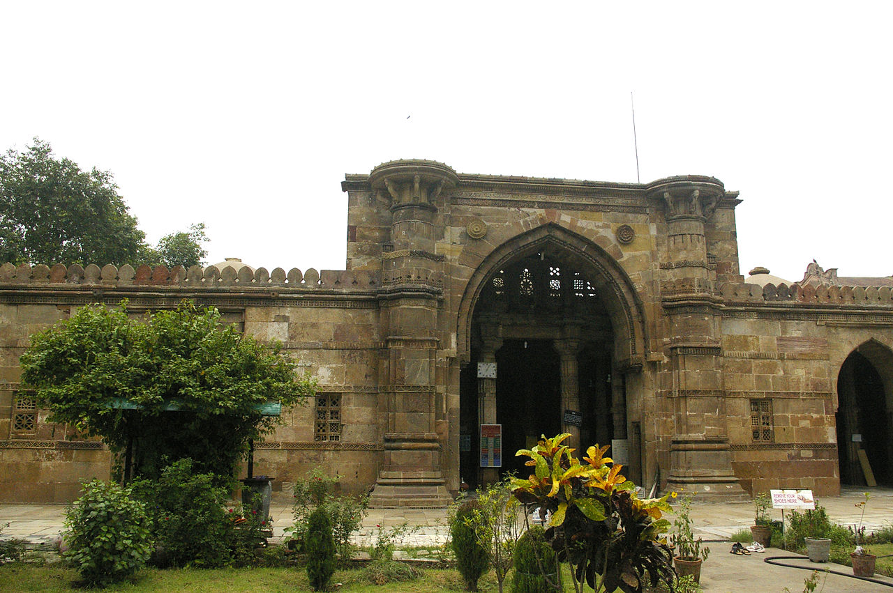 Place To Visit Near Huteesing Jain Temple-Sultan Ahmed Shah Mosque