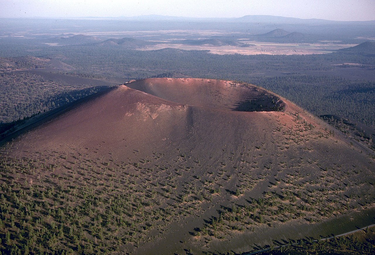 Top Place To Visit In Flagstaff-Sunset Crater Volcano National Monument