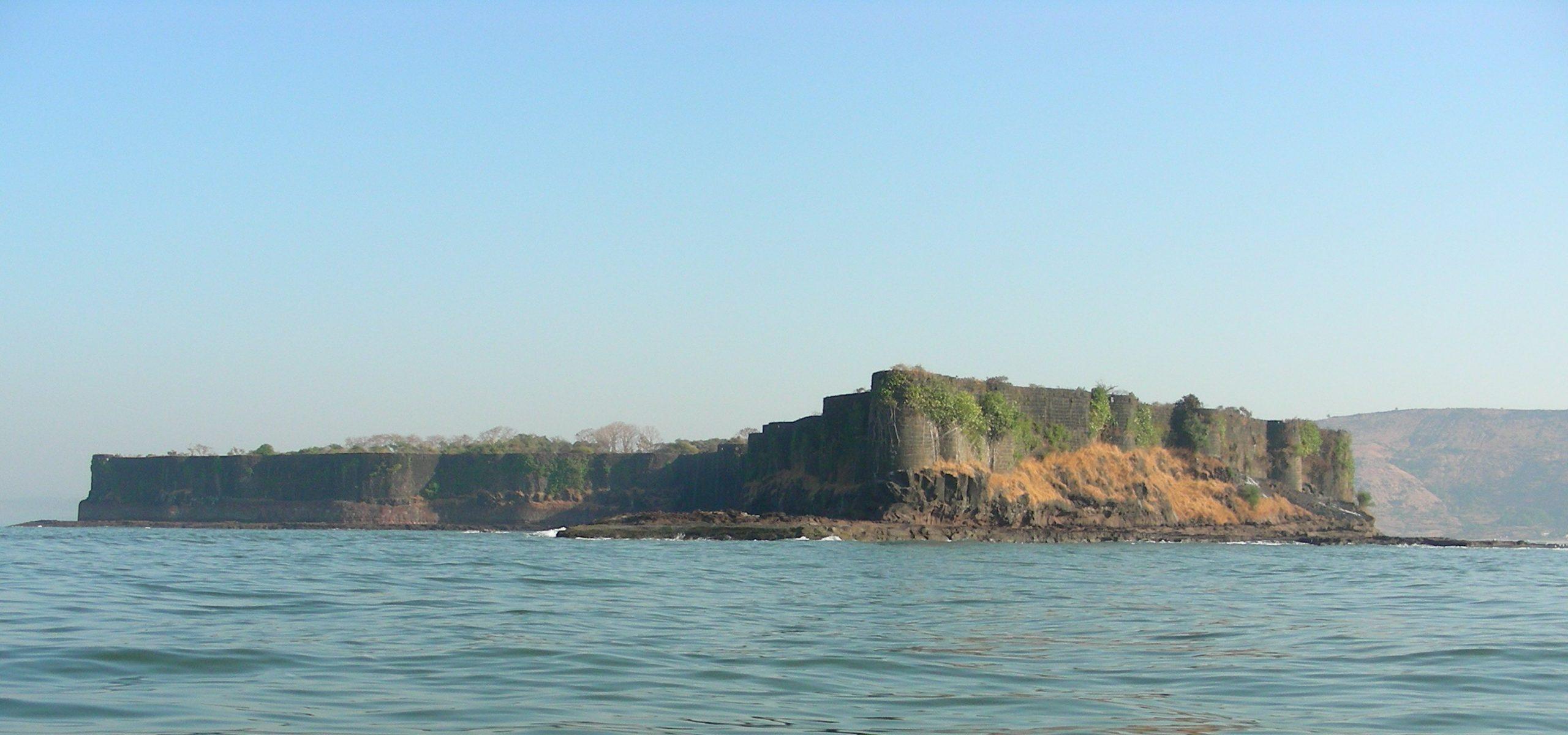 Must-Visit Suvarnadurga Fort in Ratnagiri
