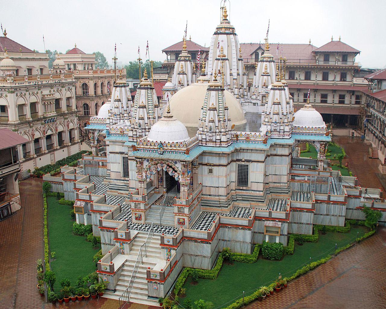 Nice Destination in Anand, Gujarat-Swaminarayan Temple