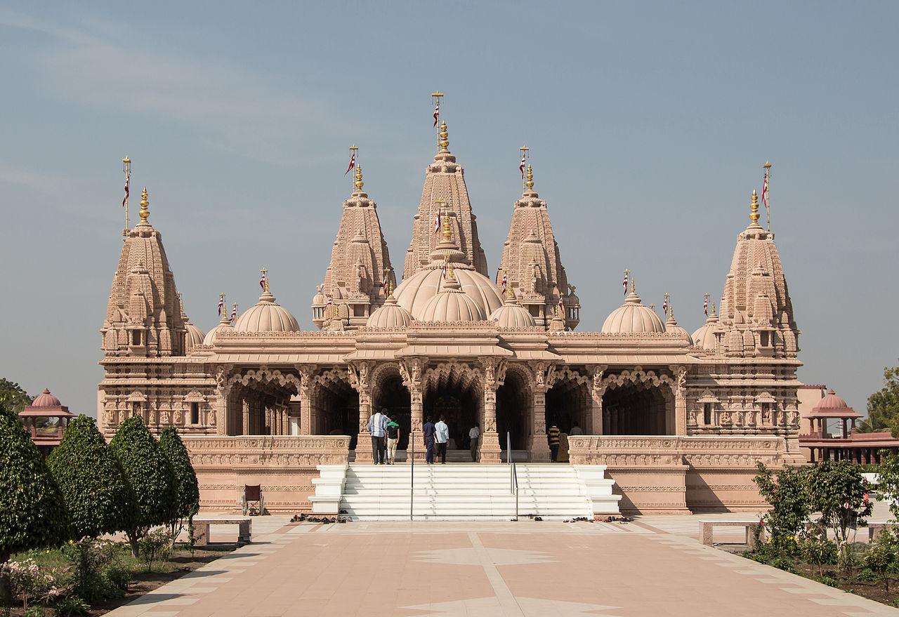 Place to Visit Near Tithal Beach-Swaminarayan Temple