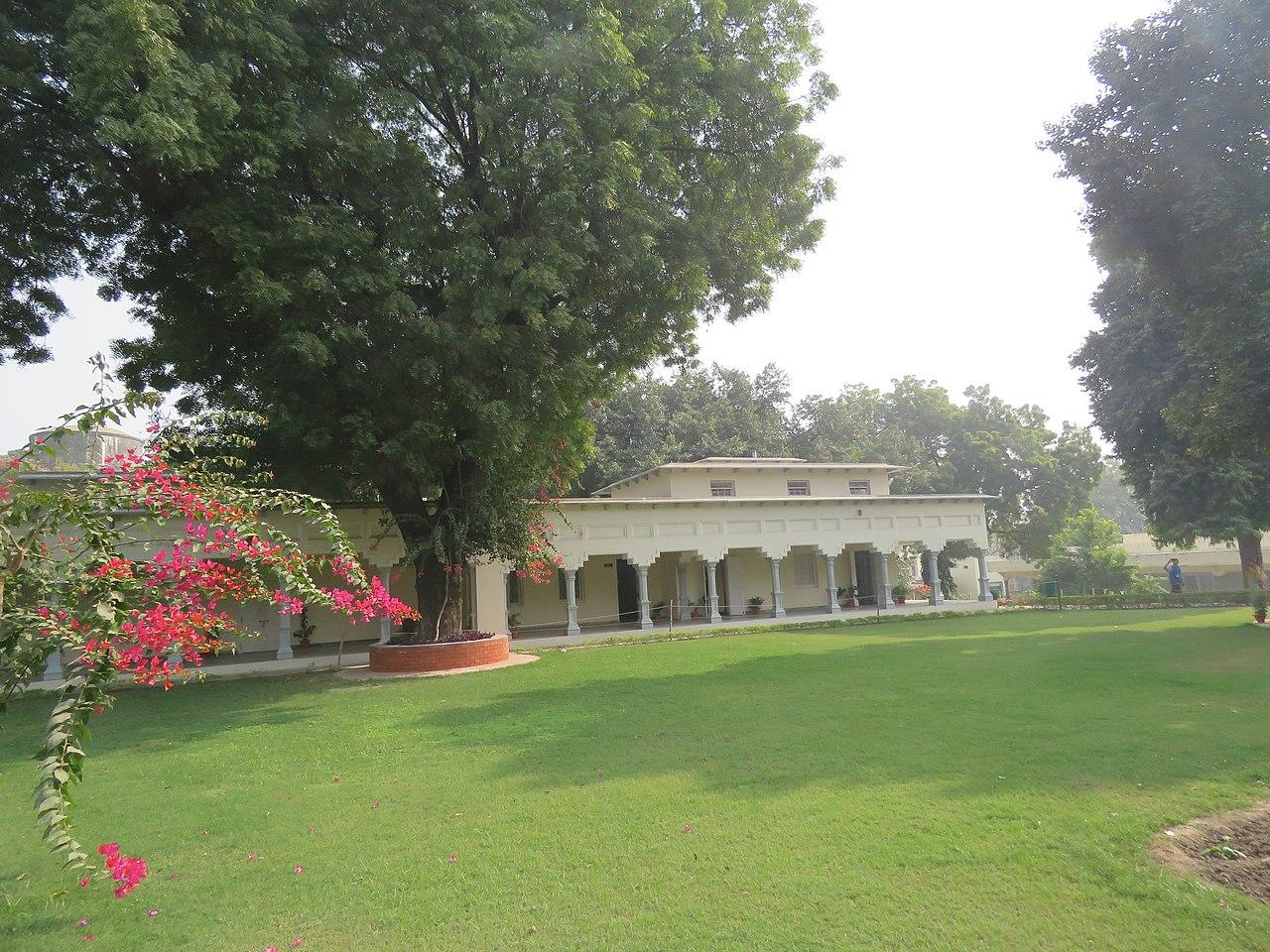 Amazing Place in Prayagraj-Swaraj Bhavan
