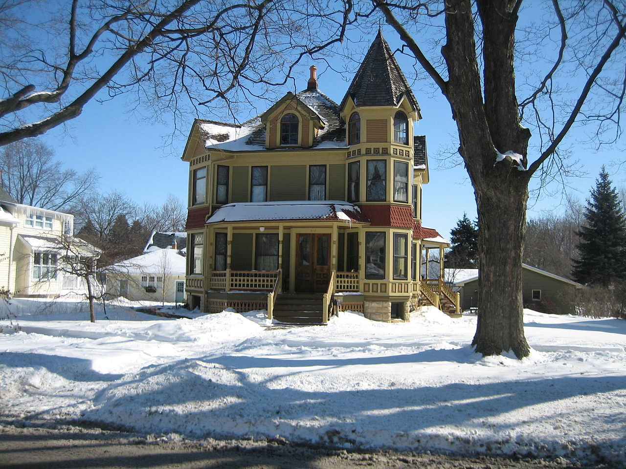 sycamore - The Most Charming Small Town in Illinois