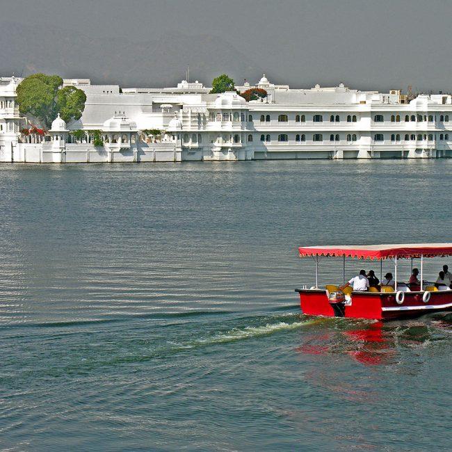 Taj Lake Palace - Amazing Palace To Stay In Rajasthan