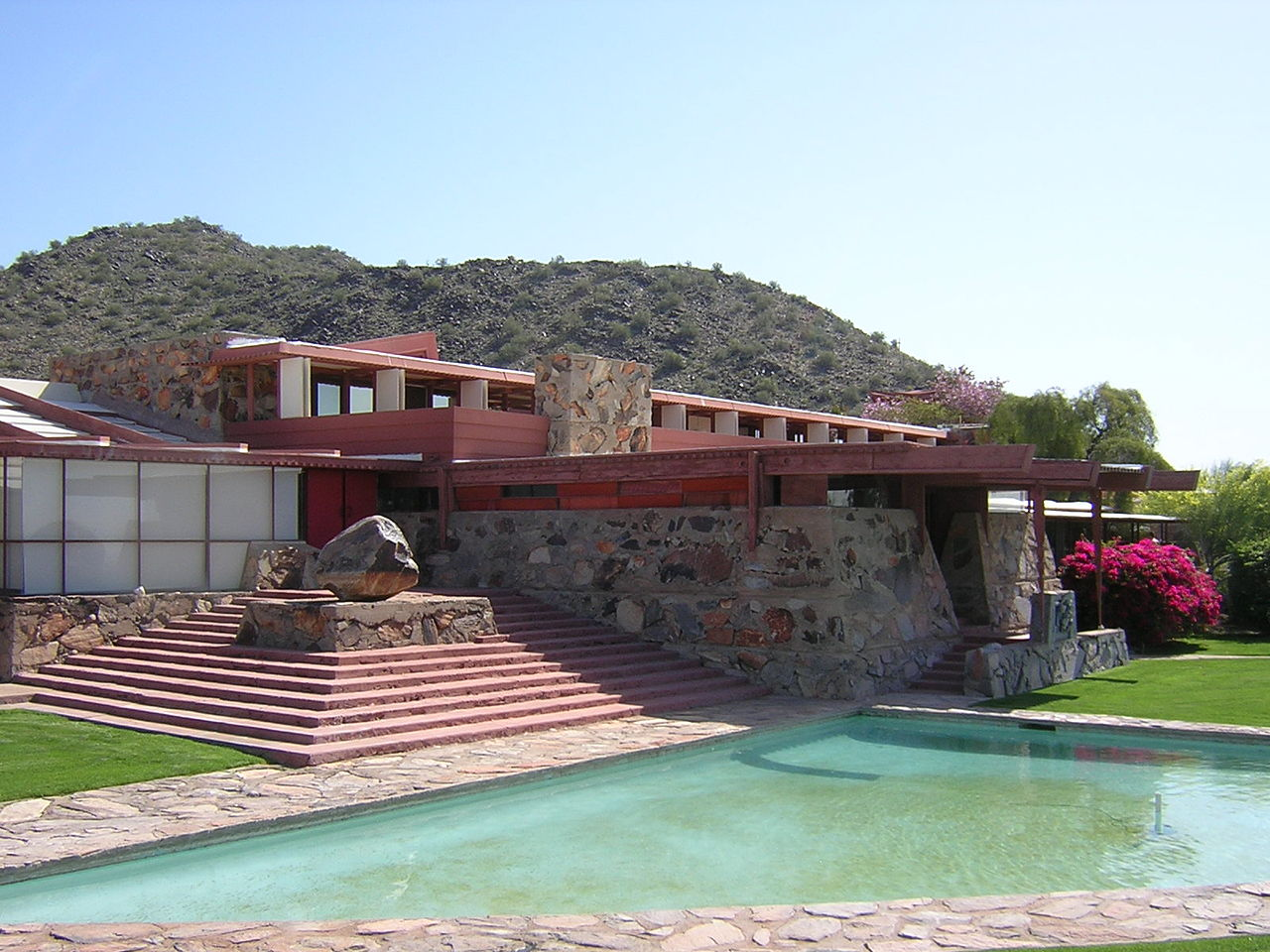 Attraction Place To Visit In Phoenix-Taliesin West