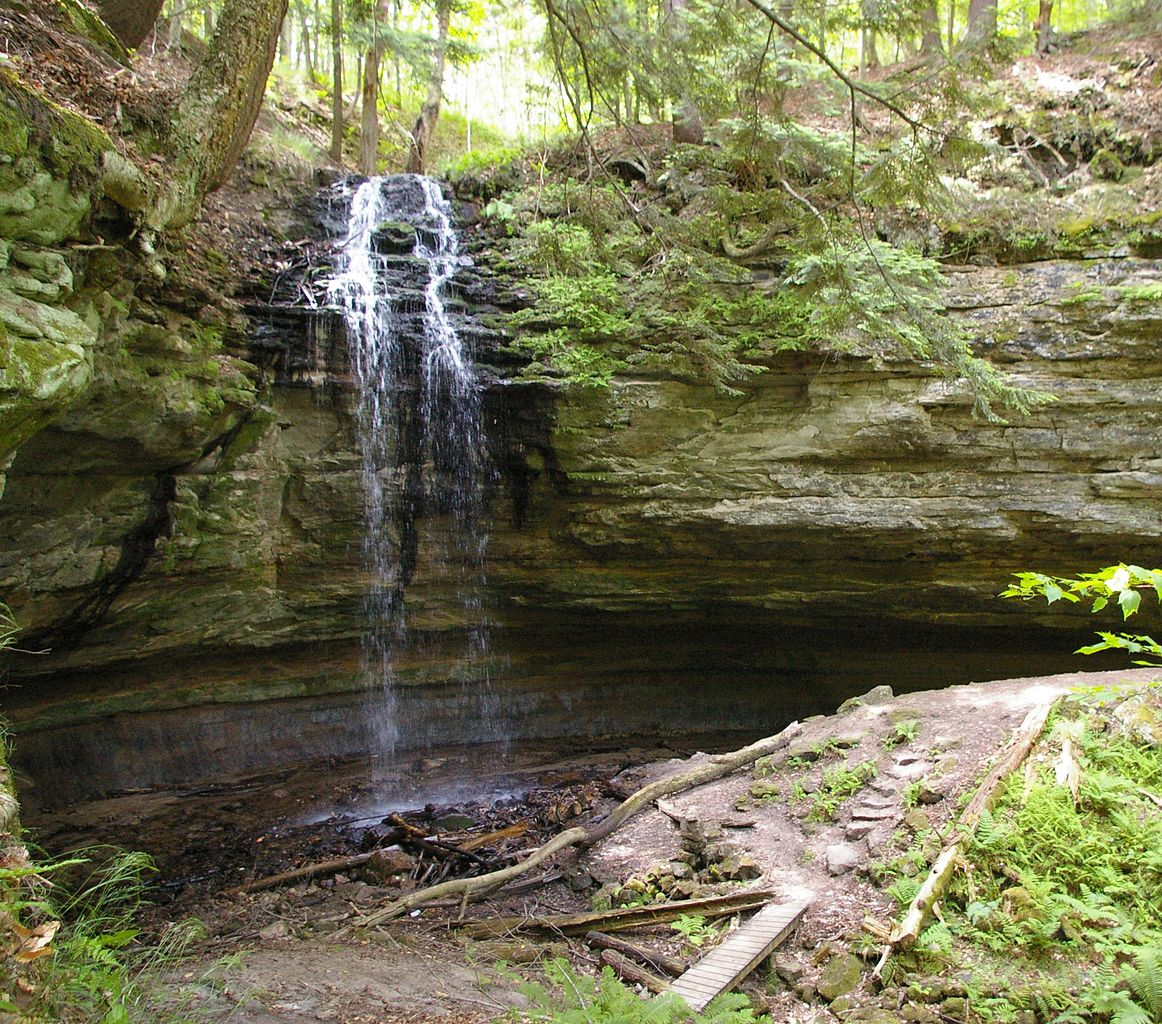 Must Visit Waterfalls in Michigan-Tannery Falls