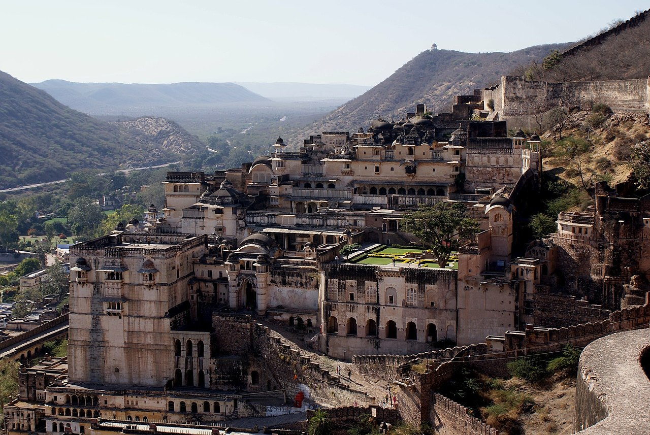 Top Sight-Seeing Destination in Bundi-Taragarh Fort