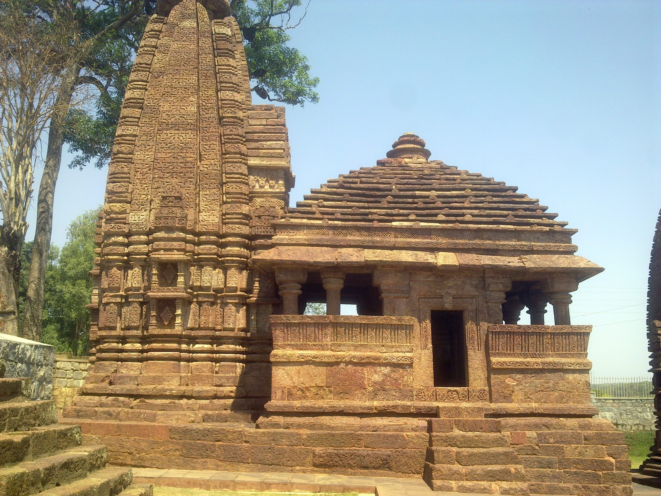 Place to Visit In Amarkantak-Temples from the Kalachuri Period