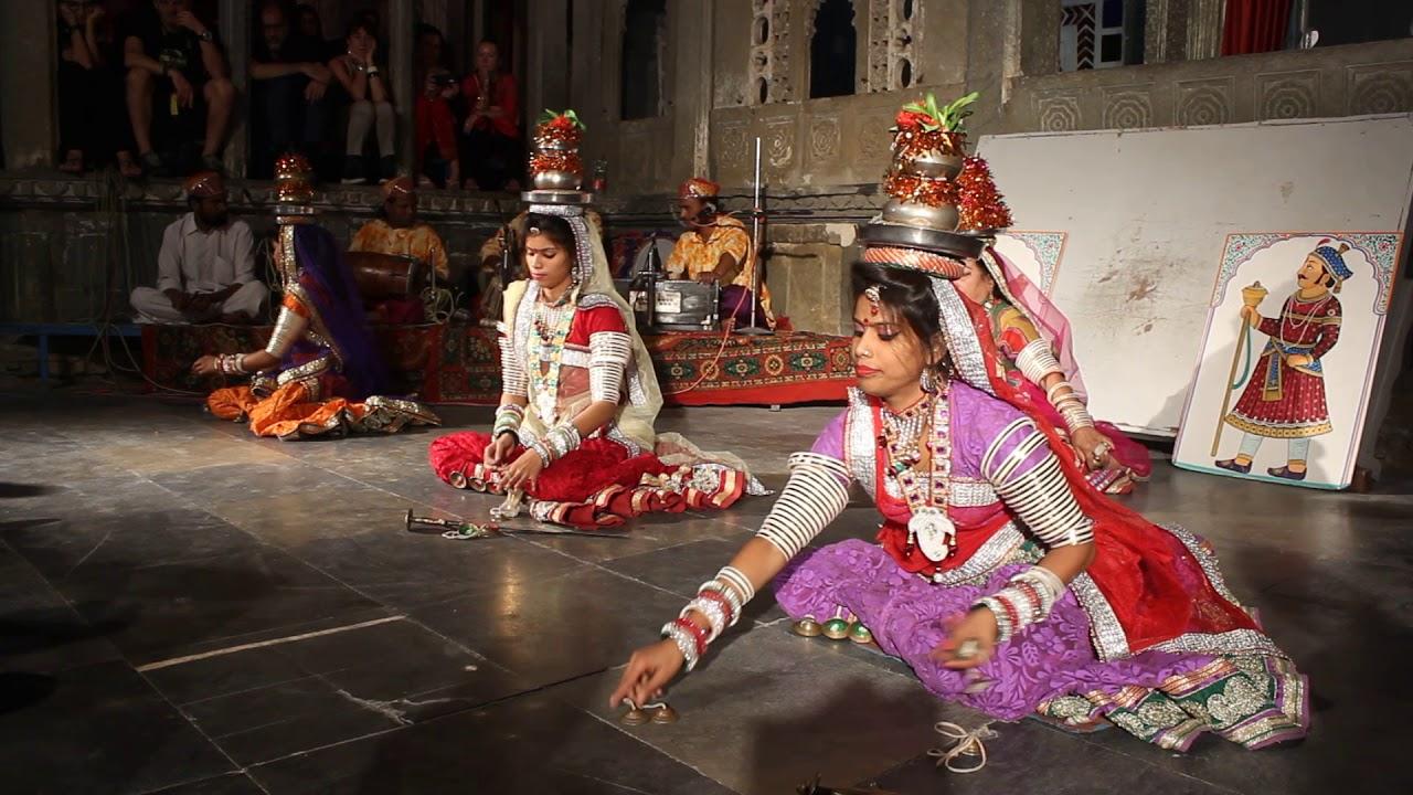 Nice Folk Dance Of Rajasthan-Terah Taali Folk Dance