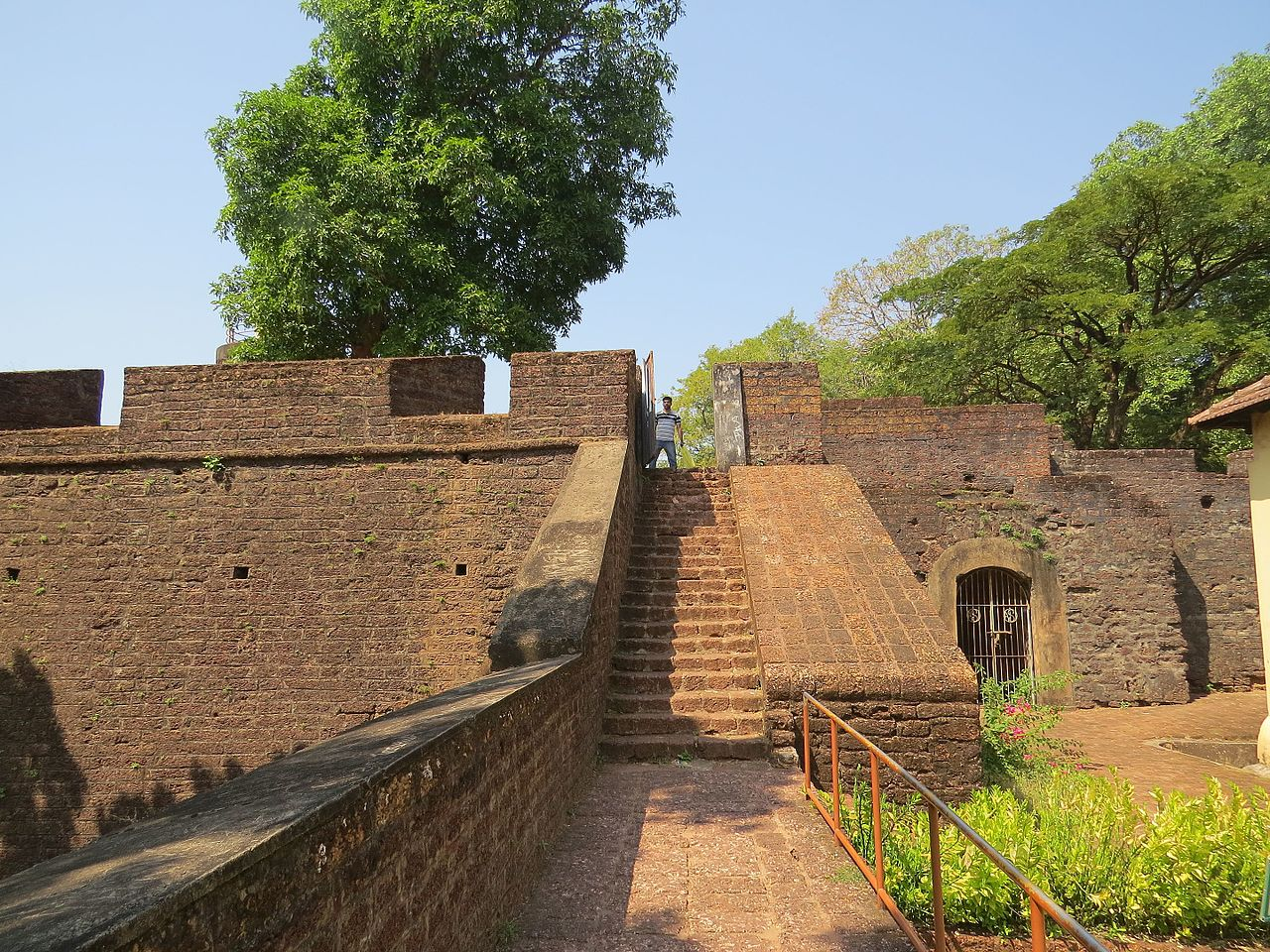 Popular Ancient Fort in Kerala-Thalassery Fort