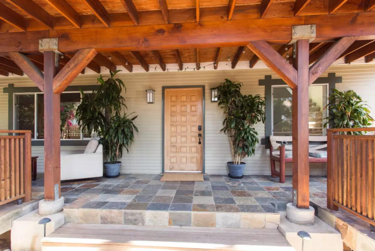 The Big Bungalow - Top Budget Friendly Hotel In California