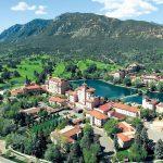 10 Amazing Romantic Getaways in Colorado