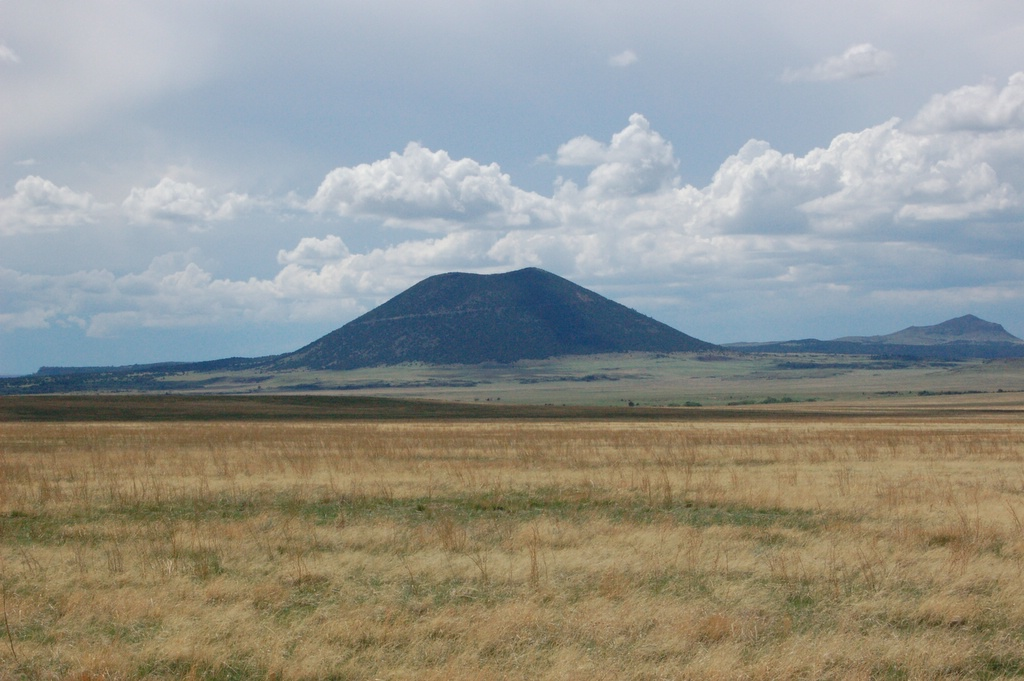Beautiful Place to Visit In New Mexico-The Capulin Volcano