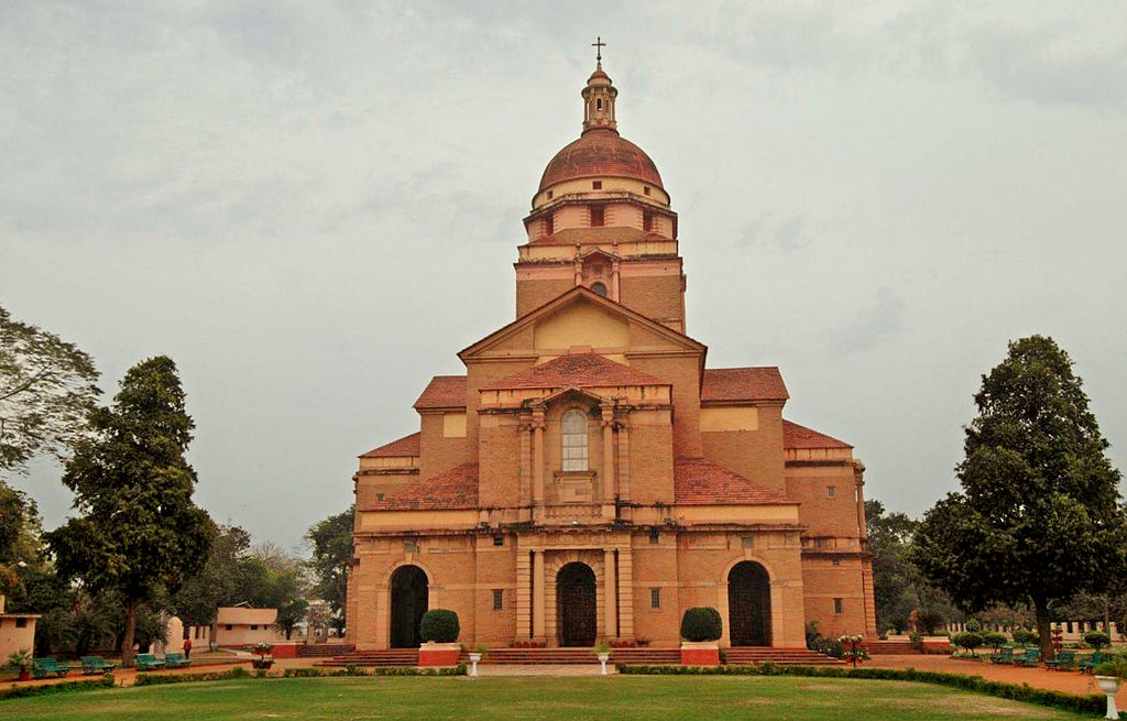 Incredible Spiritual Destination In Delhi-The Cathedral Church of Redemption