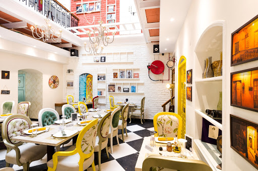 The Corner Courtyard - Restaurants In Kolkata That Every Tourists Must Visit
