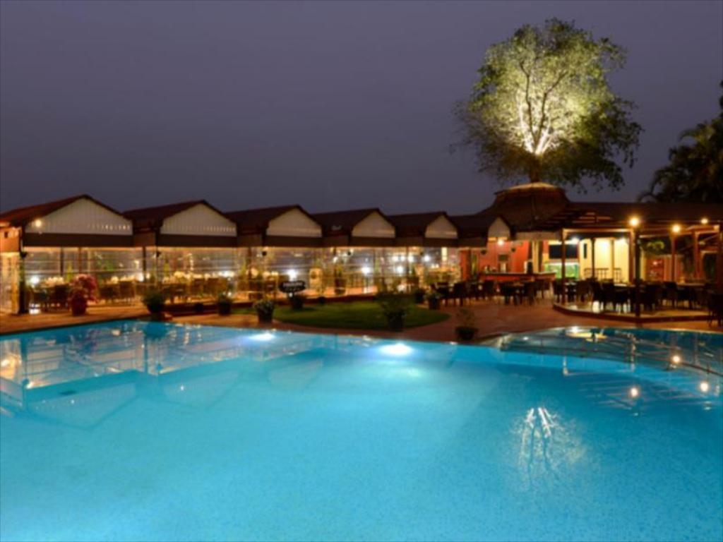 Mid-Range Hotel in Lonavala-The Dukes Retreat