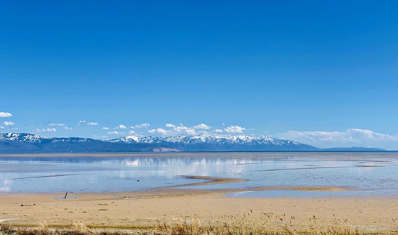 Sightseeing Place to Visit In Utah-The Great Salt Lake