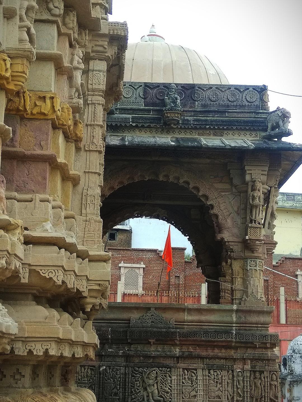 The Hatkeshwar Temple Experience in Gujarat