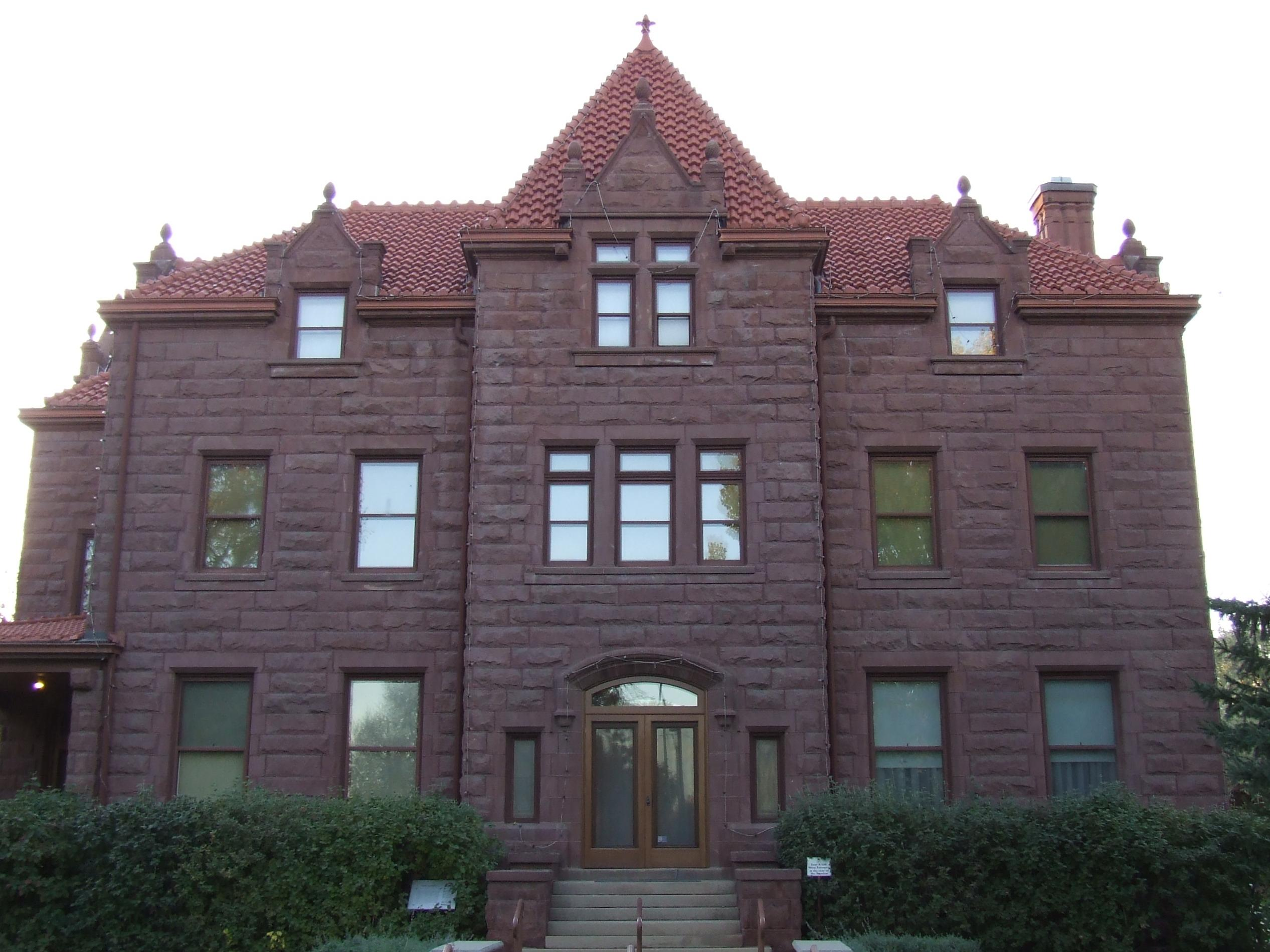 Best Tour Location in Montana-The Moss Mansion