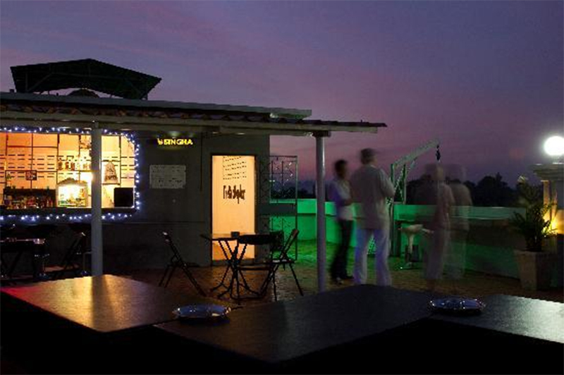 Amazing Nightlife Spot In Krabi For The Perfect Weekend Parties-The Rooftop Bar, KR Mansion Hotel at Chaofah Road