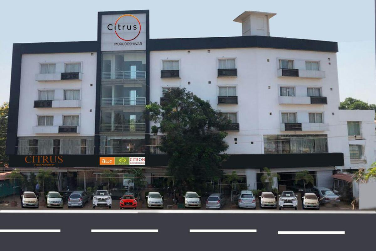 Best Place To Stay While In Murudeshwar-The Royal Oak Hotel