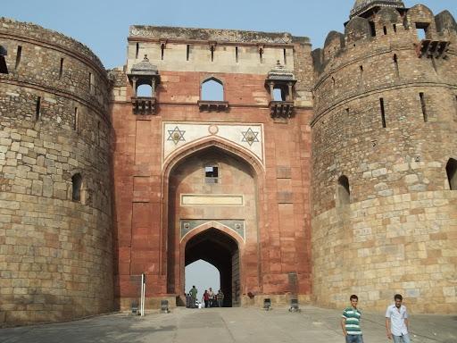 The Surat Castle Experience