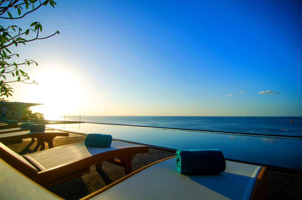 The Surin Beach Resort - Amazing Resort in Phuket To Have Fun in The Sun