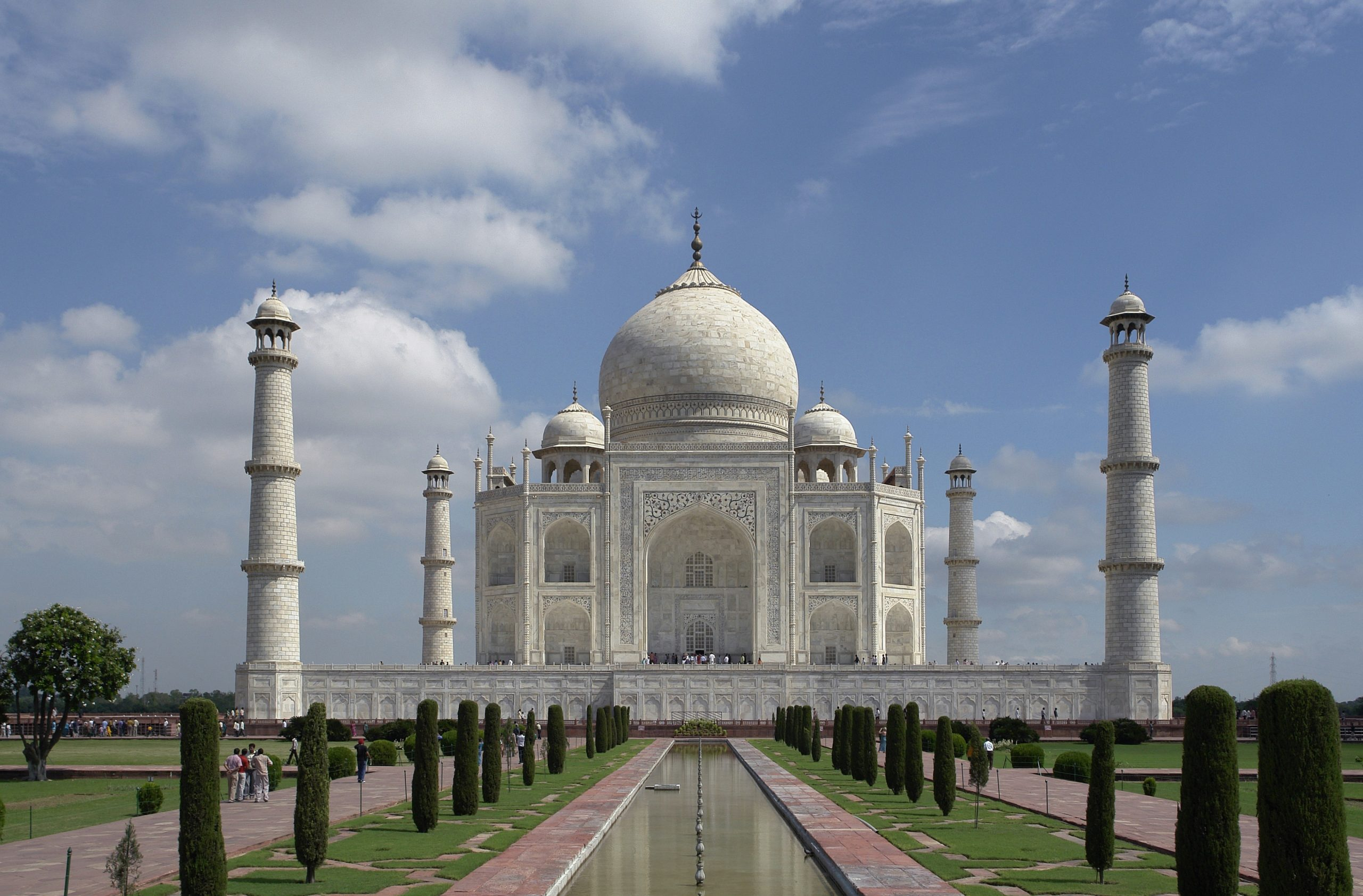 Top Place in Agra-Sikandra Fort-The Taj Mahal