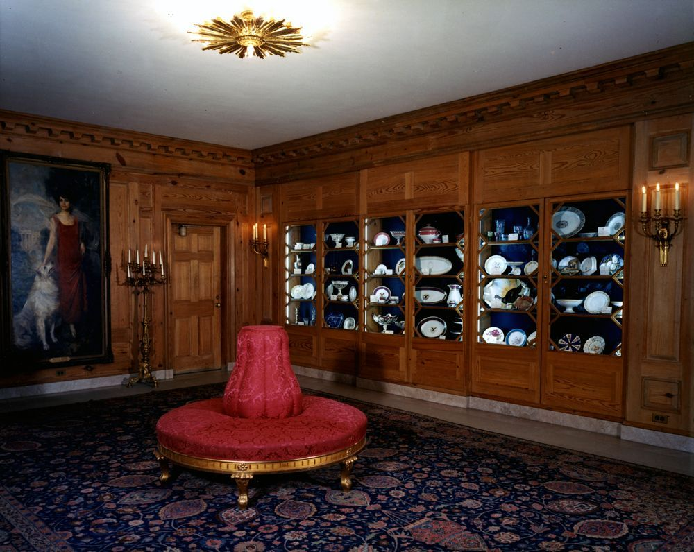 Amazing Place To Visit During Their Vacation In Washington D.C.-The White House China Room