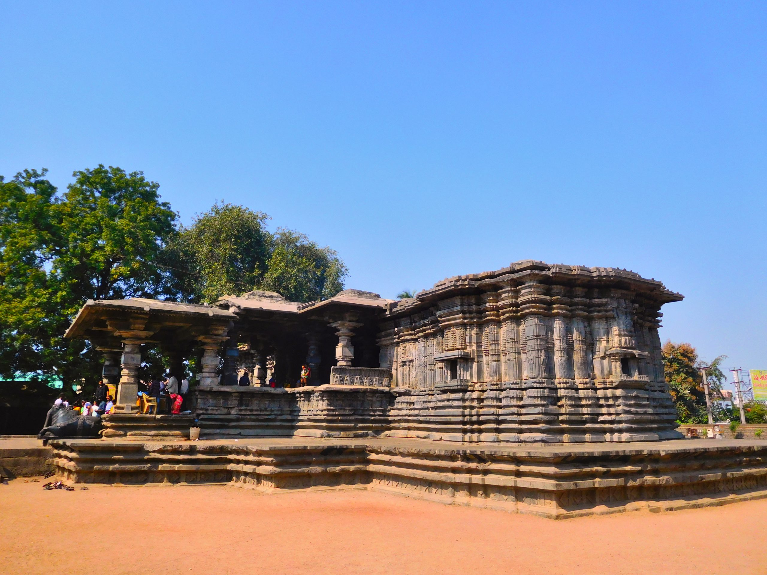 Amazing Temple in Telangana-Thousand Pillars Temple