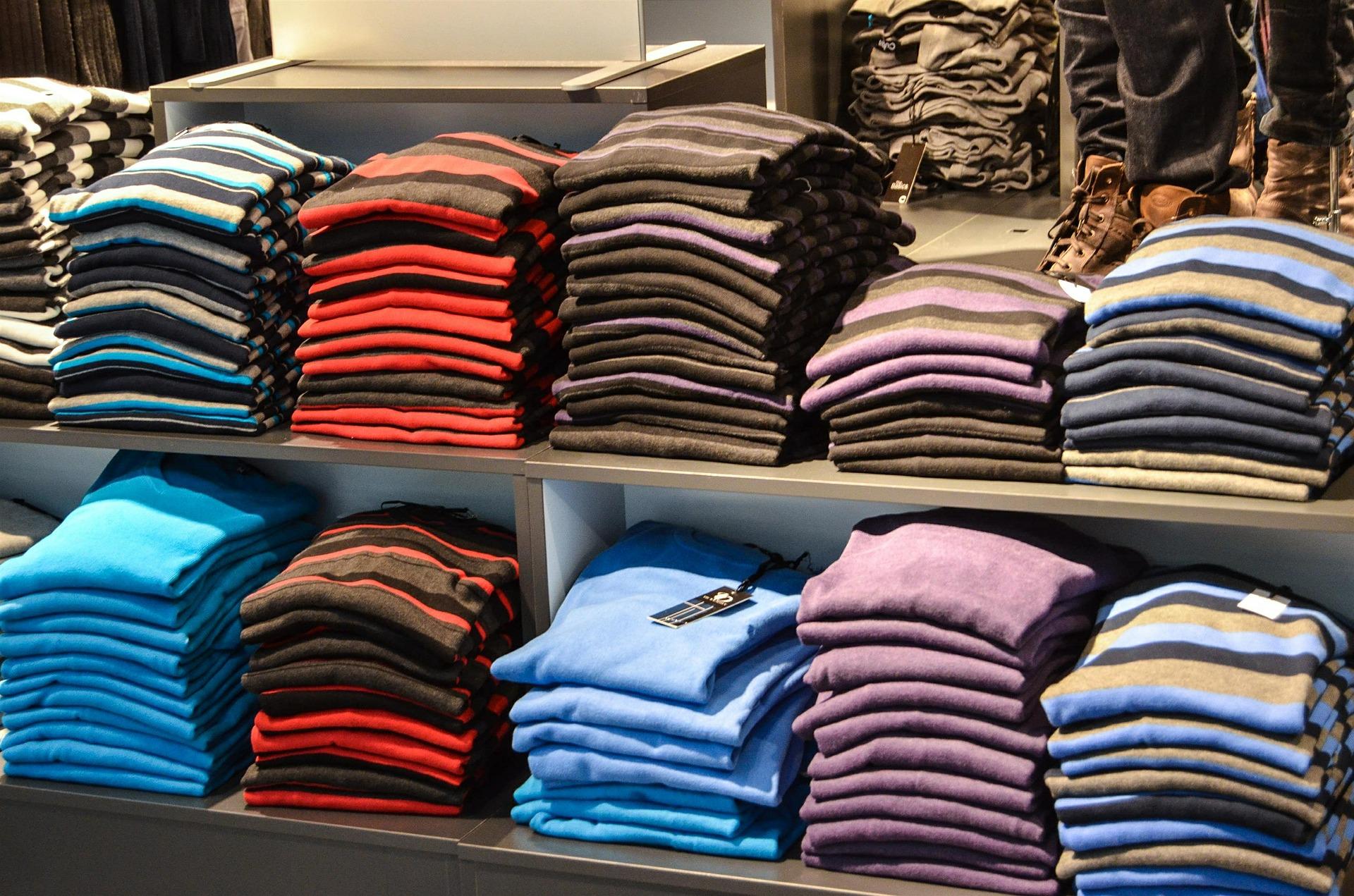 Top Shopping Place In Bhopal-Tibetan Sweater Market