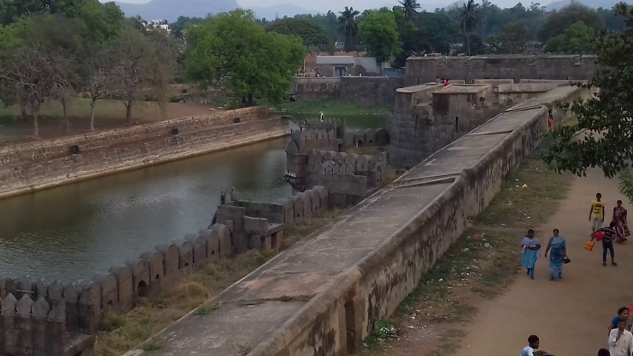 Amazing Destination to Visit in Vellore, Tamil Nadu-Tipu and Hyder Mahal