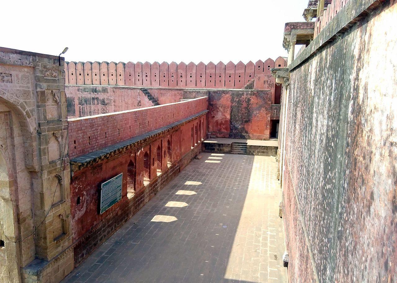 Tourist Experience of Nagardhan Fort in Nagpur, Maharashtra