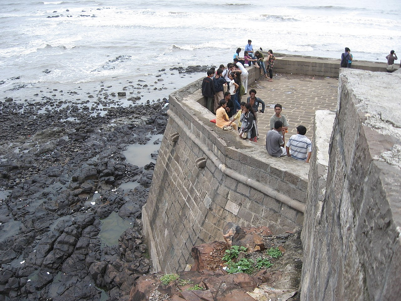 Tourist Experience of the Bandra Fort