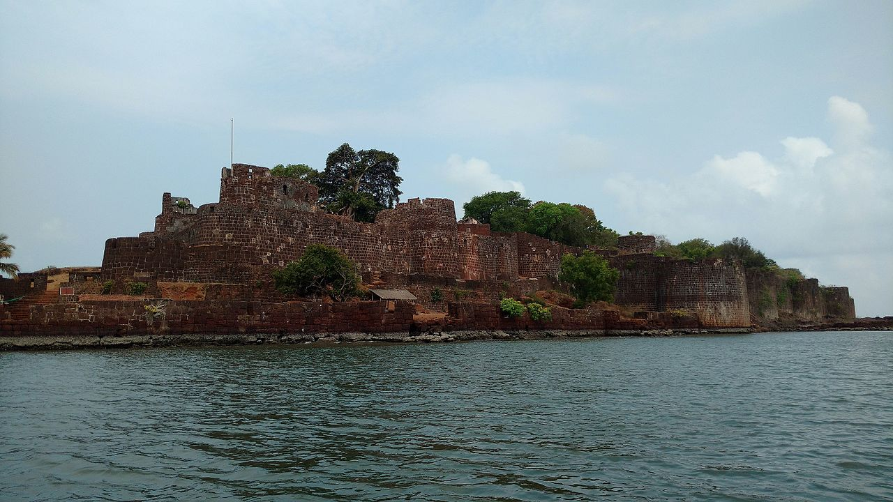 Tourist Experience of Vijaydurg Fort